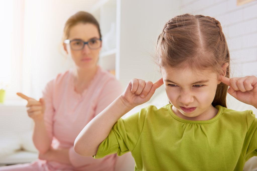 Cómo controlar el mal genio y evitar lastimar a tu hijo.